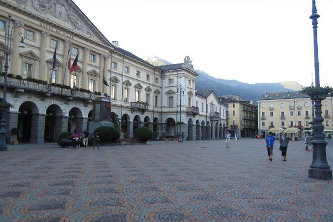 Piazza Emile Chanoux, Aosta, Italy