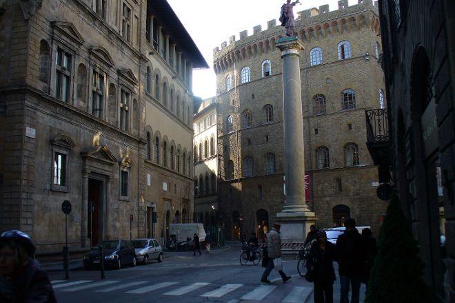 Piazza Santa Trinita, Florence, Italy