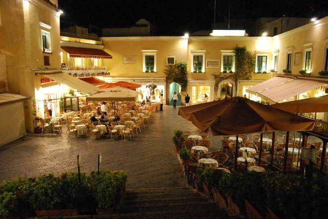 Piazza Umberto I, Capri, Italy