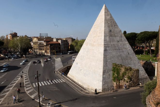Piramide Cestia, Rome, Italy