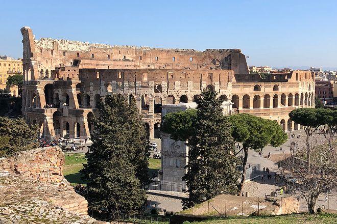 Roma con dei Romani, Fiumicino, Italy