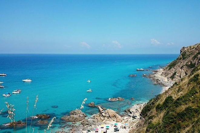 Spiaggia Paradiso del sub, Zambrone, Italy