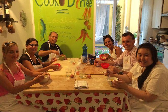 Team cooking Milan, Milan, Italy