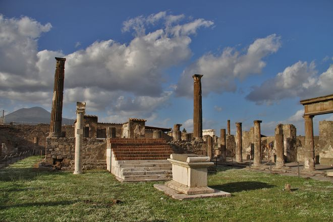 Temple of Apollo, Pompeii, Italy