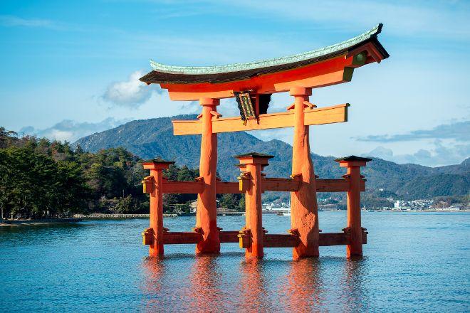 Itsukushima Shrine Torii, Hatsukaichi, Japan