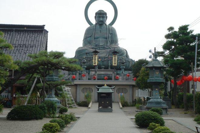 Takaoka Daibutsu Buddha, Takaoka, Japan