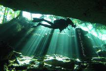Divers UnderGround