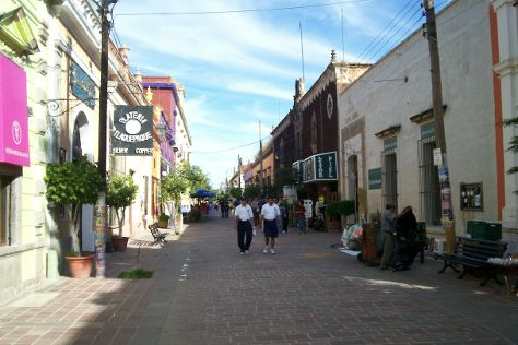 Independencia Avenue, Tlaquepaque, Mexico