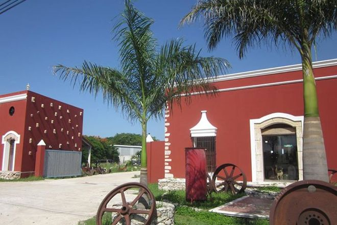 Anacronia Antiguedades, Merida, Mexico