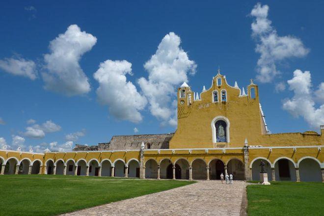 Centro Cultural y Artesanal Izamal, Izamal, Mexico
