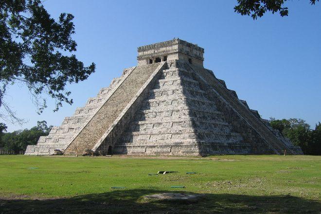 ChichenItza Tour, Cancun, Mexico