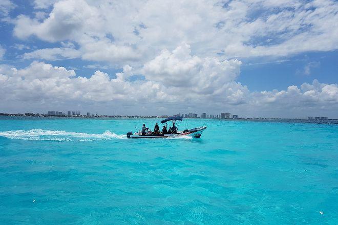 Coconut Divers, Cancun, Mexico