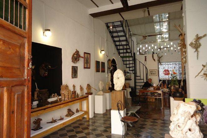 Galeria La Eskalera, Merida, Mexico