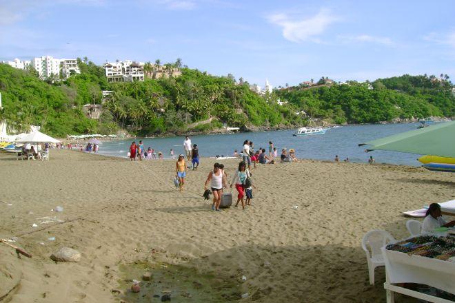 Playa La Audiencia, Manzanillo, Mexico