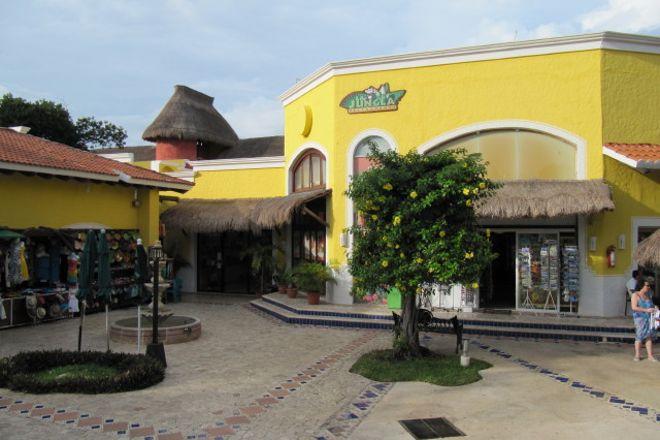 Plaza Playacar, Playa del Carmen, Mexico