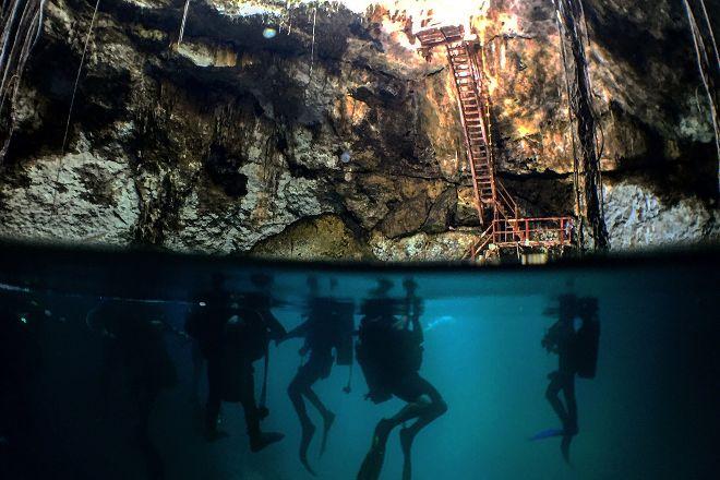 Poseidon Centro de Buceo, Merida, Mexico