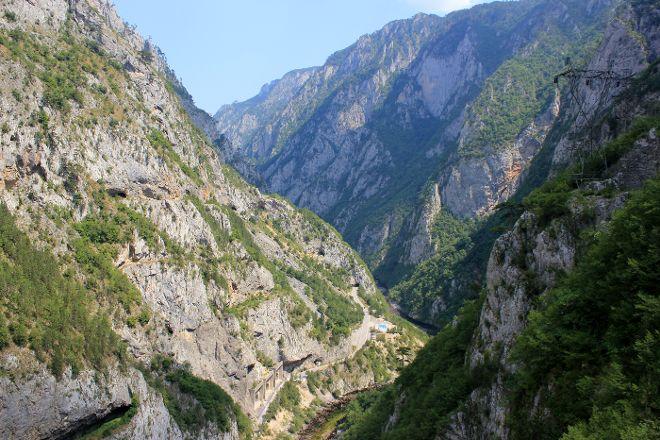 Piva Canyon, Plužine, Montenegro