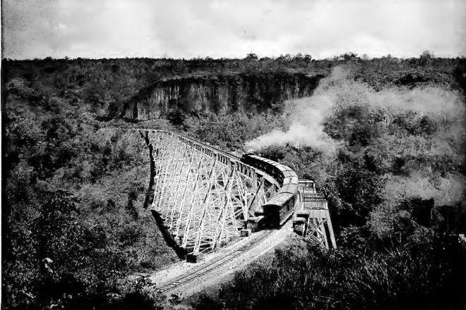 Goke Hteik Viaduct, Nawnghkio, Myanmar