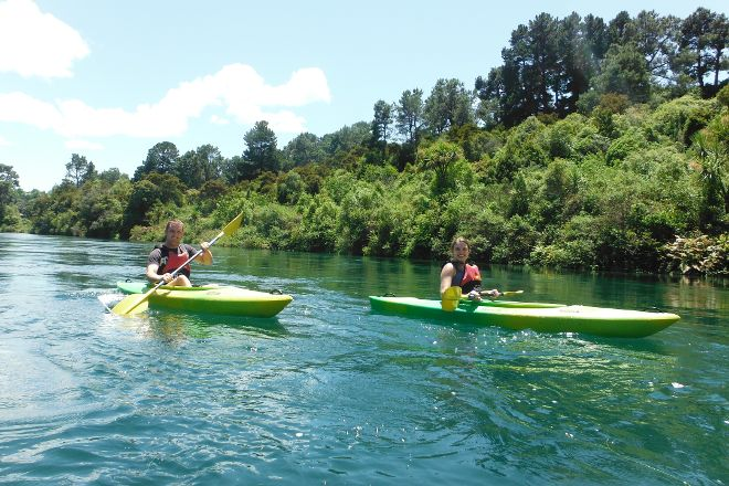 Canoe & Kayak Taupo Tours, Taupo, New Zealand