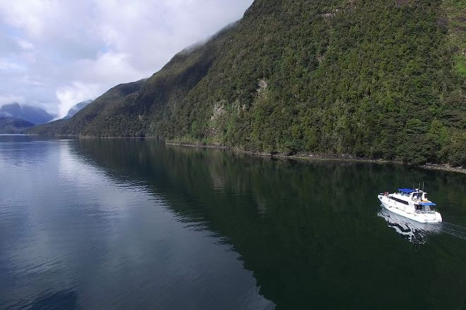 Fiordland Cruises, Te Anau, New Zealand