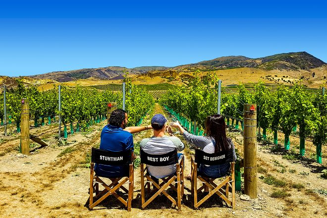 Roaring Wine Tours, Cromwell, New Zealand
