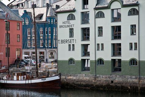 Brosundet i Alesund, Alesund, Norway