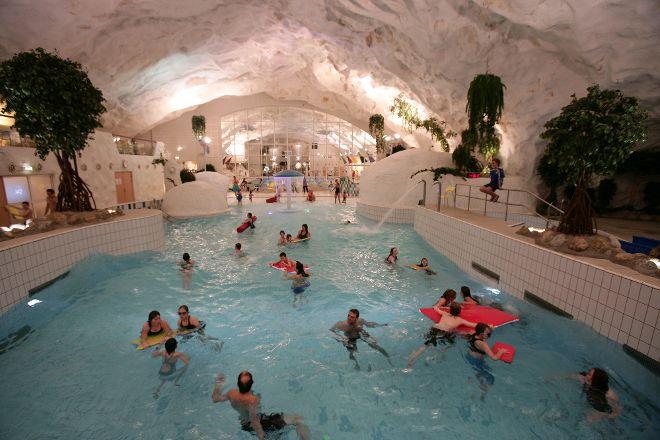 Grottebadet Waterpark, Harstad, Norway