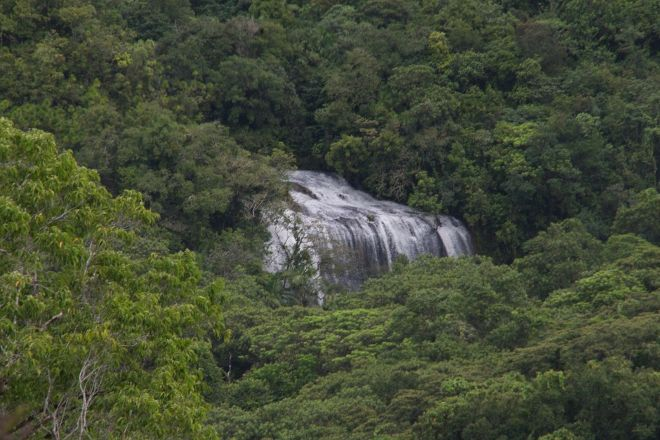 Ngardmau Falls, Koror, Palau