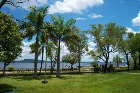 Lago Ypacarai, San Bernardino, Paraguay