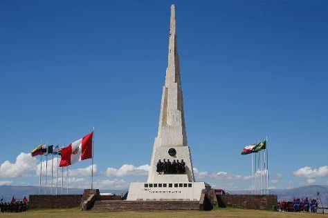 Obelisco de la Pampa de la Quinua, Ayacucho, Peru
