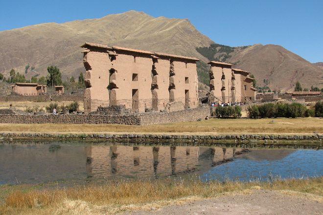 Parque Arqueologico De Raqchi, San Pedro, Peru