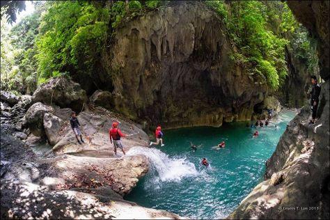 Kawasan Falls, Badian, Philippines