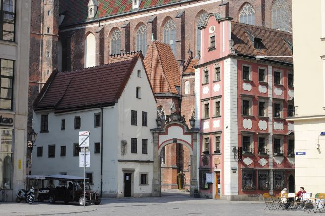 John and Margaret House, Wroclaw, Poland