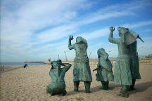 Monumento Tragedia no Mar, Matosinhos, Portugal