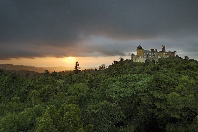 MoonShadow Tours, Sintra, Portugal