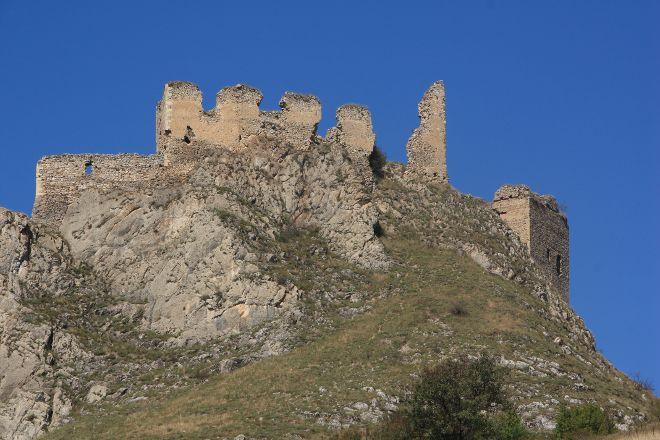 Coltesti Castle Ruins, Coltesti, Romania