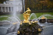Fountain Samson, Tearing the Lion's Jaws, Peterhof, Russia
