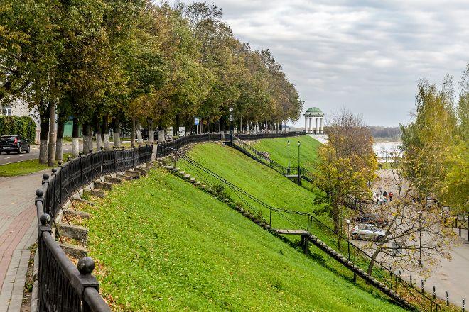 Yaroslavl Embankment, Yaroslavl, Russia