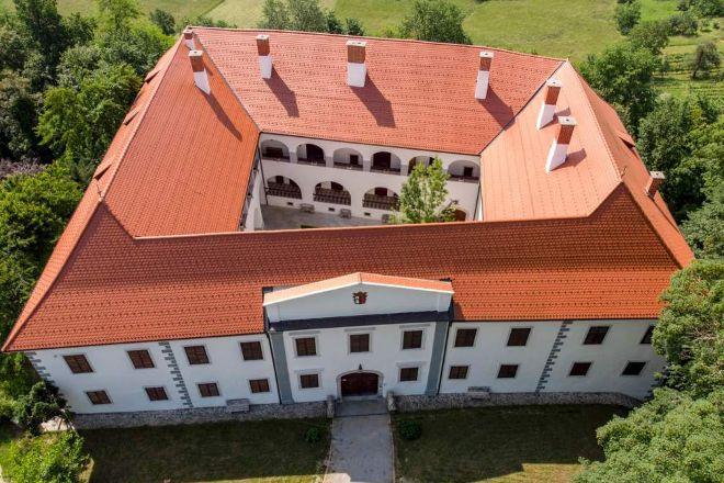 Raka Castle, Raka, Slovenia