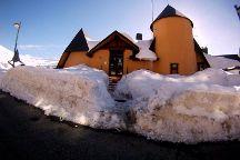 Escuela y Rental Blanca Nieve Sierra Nevada Esqui & Snowboard , Pradollano, Spain