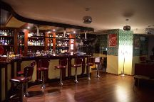 Saint Tropez Cocktails (Vintage Cocktail Bar), Barcelona, Spain