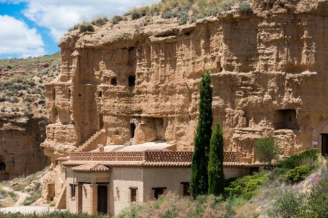 Habitat Troglodita Almagruz, Purullena, Spain