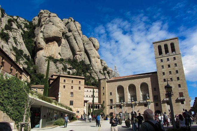 Barcelona Turisme - Afternoon in Montserrat Tour, Barcelona, Spain