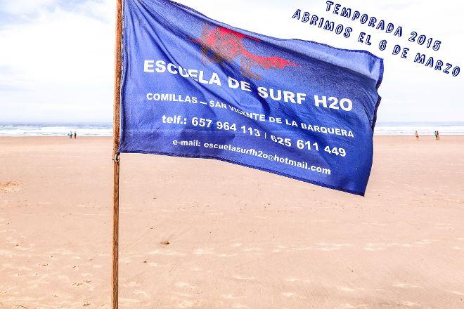 Escuela de Surf H2O, San Vicente de la Barquera, Spain