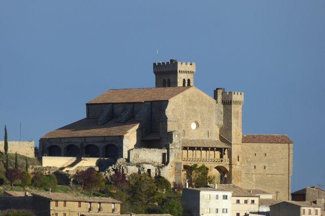 Iglesia-Fortaleza de Santa Maria de Ujue, Ujue, Spain