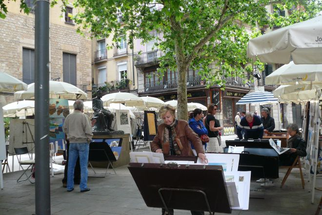Mercat del Art de la Placa de Sant Josep Oriol, Barcelona, Spain