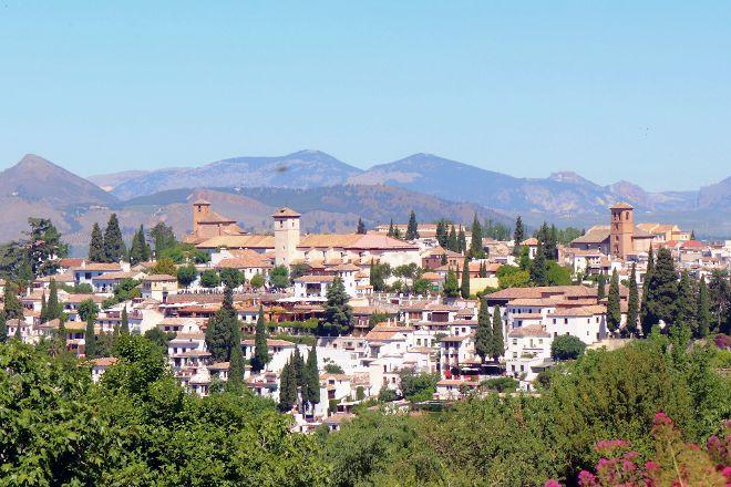 Miriam Tourist Guide, Granada, Spain