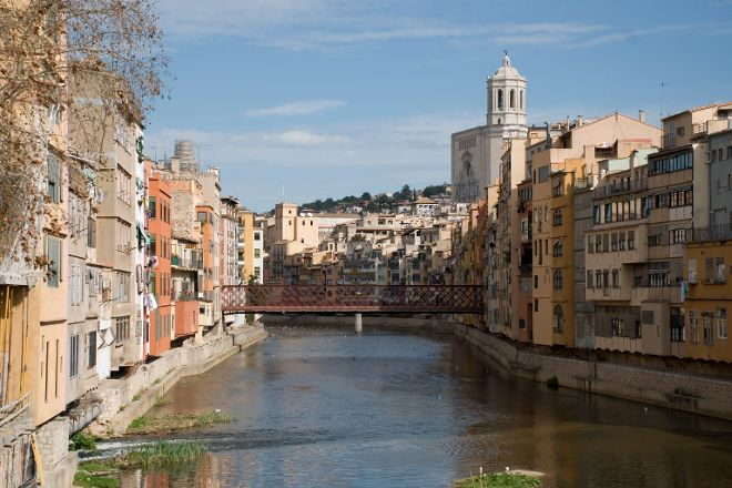 Onyar River, Girona, Spain