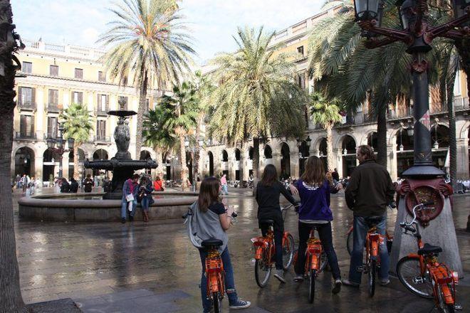Orange Monkey Tours, Barcelona, Spain