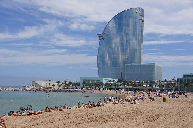 Plaja de Sant Sebastian, Barcelona, Spain